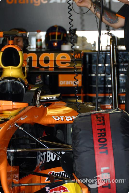 Arrows garage area