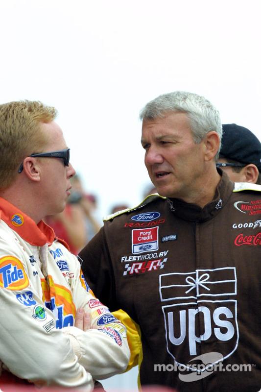 Dale Jarrett y Ricky Craven