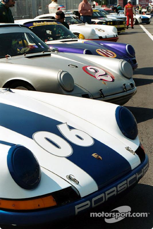 Porsches alignées