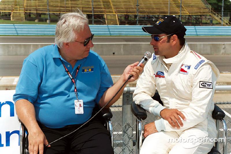 Mike Paz interviews Davy Jones