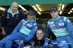 Peter Sauber, Felipe Massa, Nick Heidfeld y un invitado