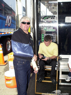 A wounded Bobby Hamilton with Casey Atwood