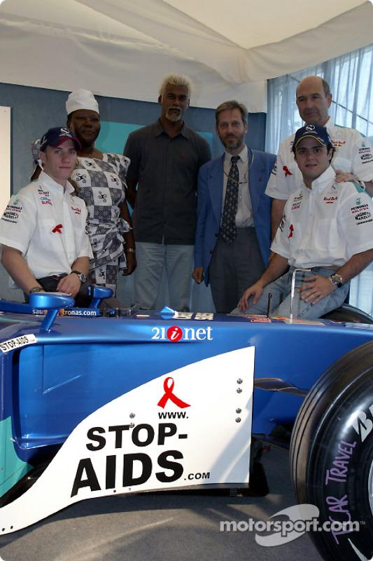 Sauber Petronas y Naciones Unidas unen esfuerzos contra el HIV/SIDA: Nick Heidfeld, Felipe Massa y P