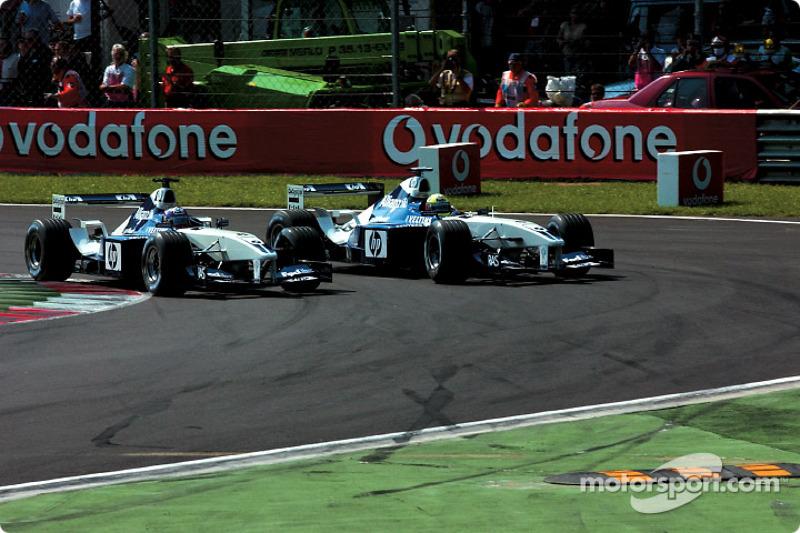 La arrancada: Juan Pablo Montoya y Ralf Schumacher