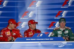 Conferencia de prensa: el ganador de la carrera, Rubens Barrichello con Michael Schumacher y Eddie I