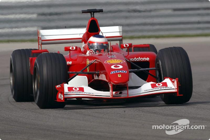 "2002 - Rubens Barrichello, Ferrari (<a href=""http://fr.motorsport.com/f1/photos/main-gallery/?r=19472"">Galerie</a>)"
