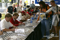 Autograph session: Tom Kristensen and Frank Biela
