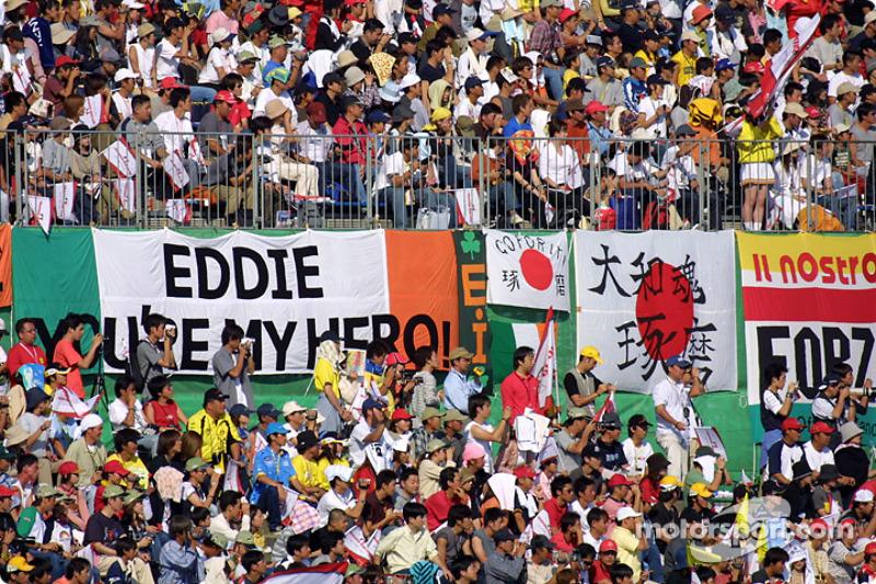Aficionados de Suzuka antes de la carrera