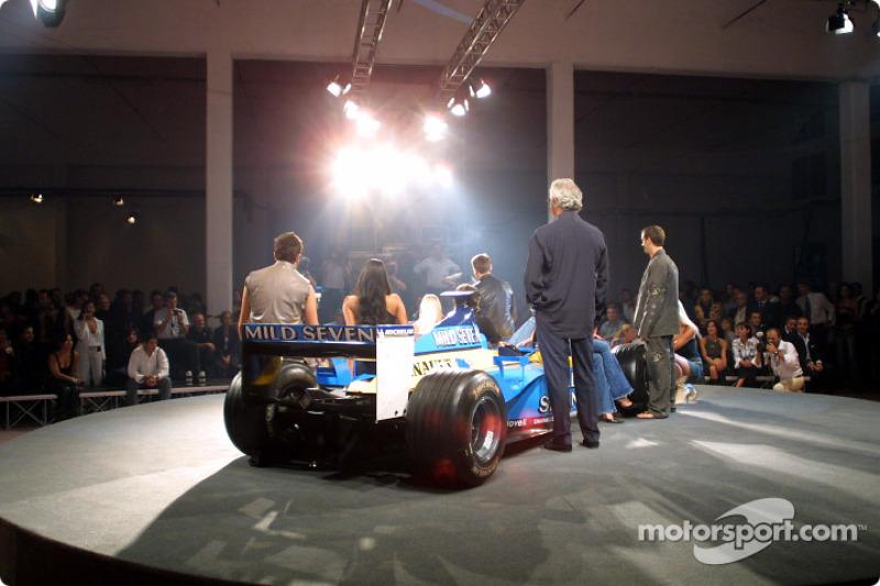 Spoon/Mild Seven RenaultF1 Media Party: Jarno Trulli, Jenson Button and Fernando Alonso