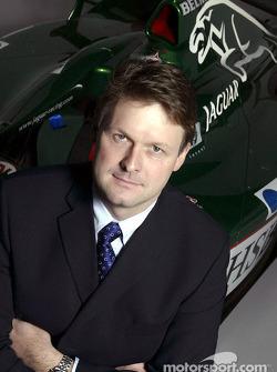 El nuevo director de Jaguar Racing, David Pitchford en el centro de operaciones del equipo en Milton