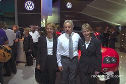 Volkswagen Tarek World debut at the Essen Motor Show: Fabrizia Pons and Jutta Kleinschmidt