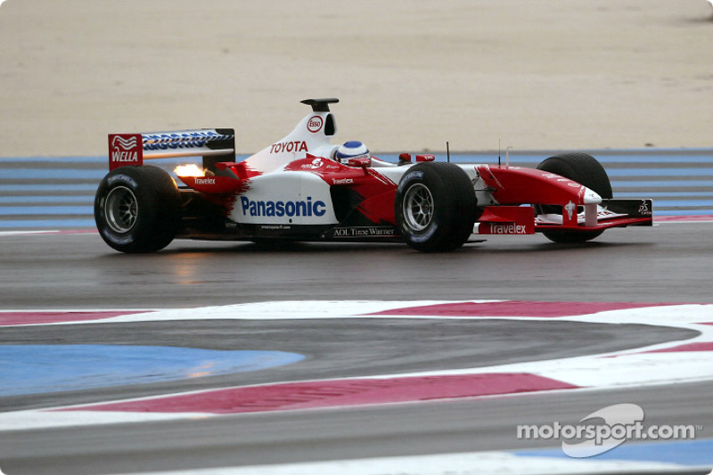 The Toyota TF103 in action: Olivier Panis