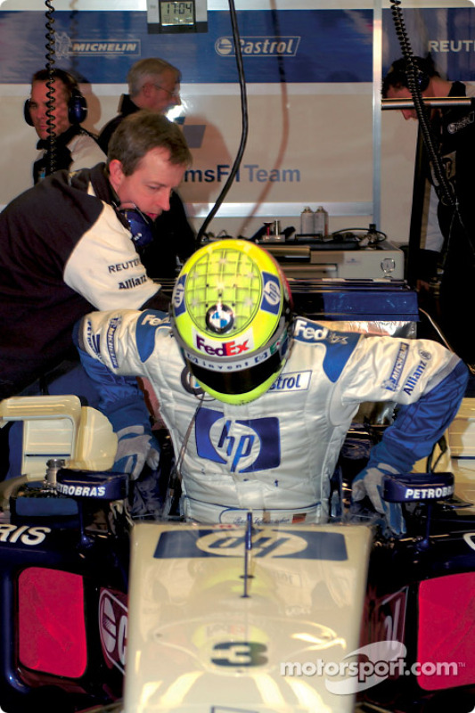 Ralf Schumacher tests the new BMW Williams F1 FW25