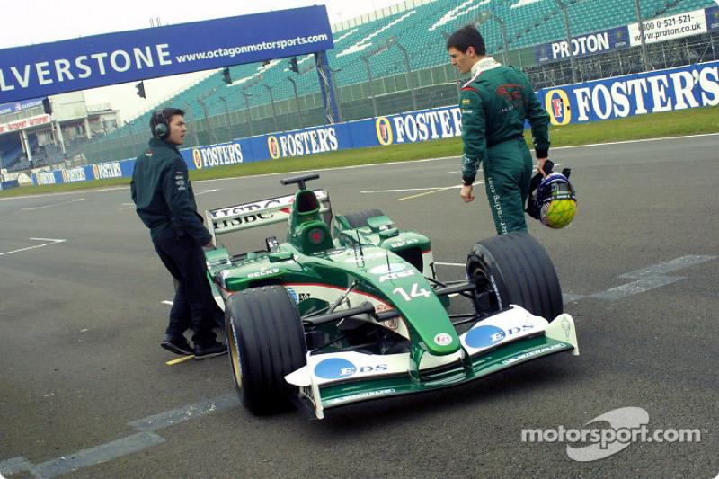Mark Webber stopped on the track