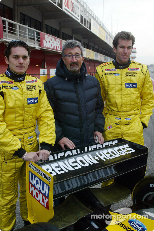 Ralph Firman, Eddie Jordan and Giancarlo Fisichella with the Jordan EJ13