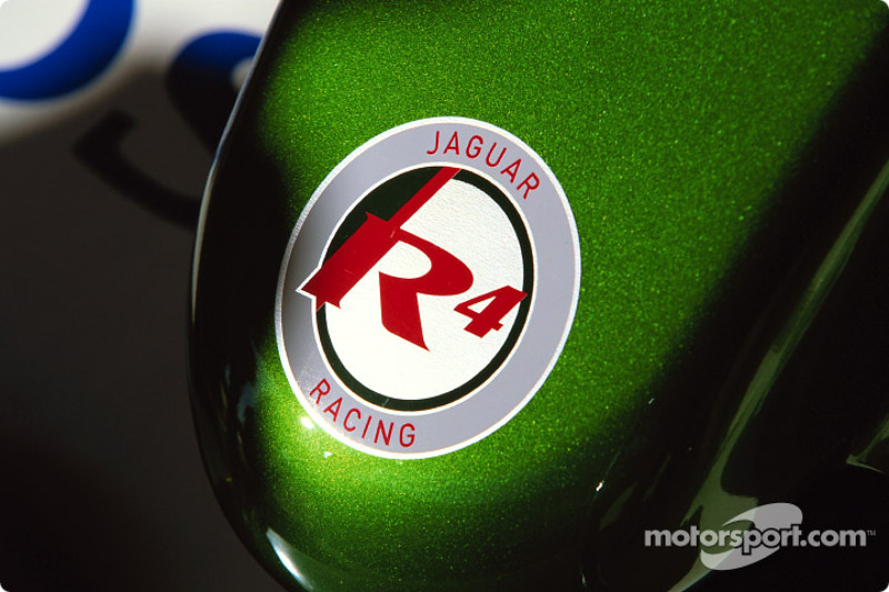Jaguar R4 nose cone
