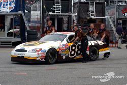 Robert Yates Racing crew member