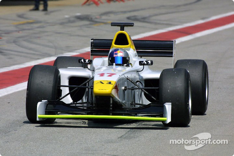 "2001-2003 (jaren in Red Bull-programma): <img src=""https://cdn-4.motorsport.com/static/img/cfp/0/0/0/0/14/s3/austria-2.jpg"" alt="""" width=""20"" height=""12"" /> Patrick Friesacher"