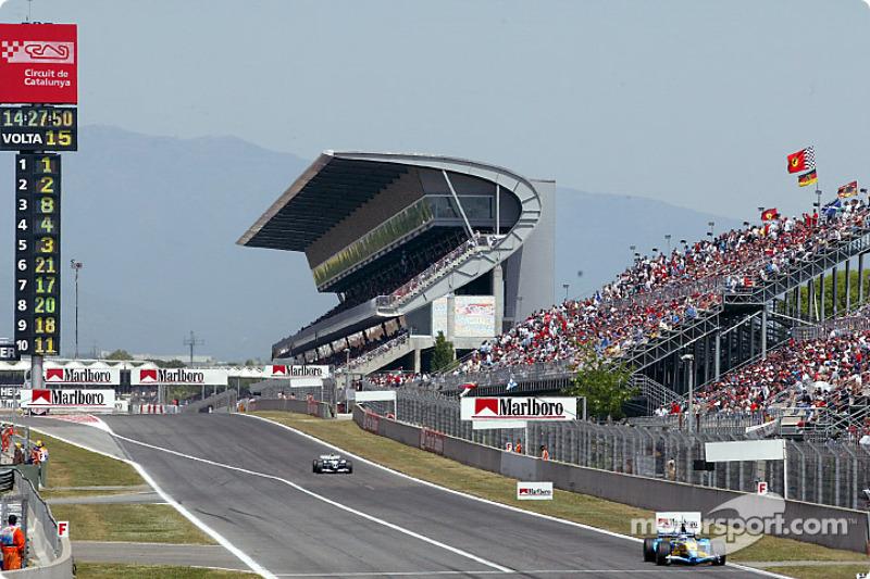 Fernando Alonso por delante de Ralf Schumacher