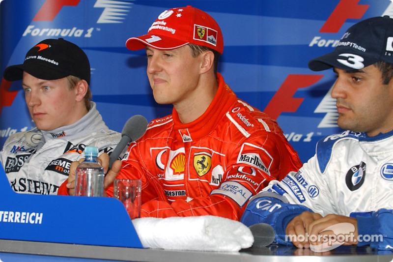 Conferencia de prensa de la FIA: ganador de la pole Michael Schumacher con Kimi Raikkonen y Juan Pa