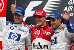 Podium : le vainqueur Michael Schumacher, Ralf Schumacher et Juan Pablo Montoya