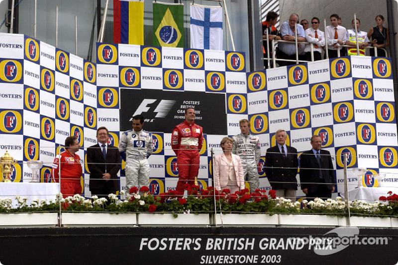 Podio de F1 en Silverstone 2003: 1. Rubens Barrichello, 2. Juan Pablo Montoya, 3. Kimi Räikkönen