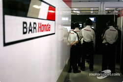 Honda engineers