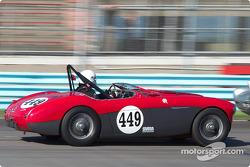 La #449 Austin Healey 100M de 1956, détenue par Baylor MacDonald