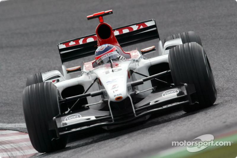 2003: Такума Сато вместо Жака Вильнева (BAR, Гран При Японии)