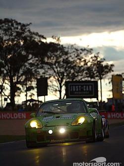 #8 Peter Floyd Porsche 911 GT3 RS: Peter Floyd, Ian Donaldson, Liz Halliday, Andrew Donaldson