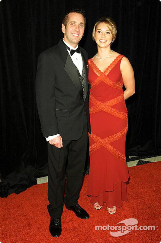 Greg Biffle avec sa petite amie Nicole