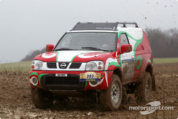 Nissan Dessoude test: Lu Ningjun and Denis Schurger