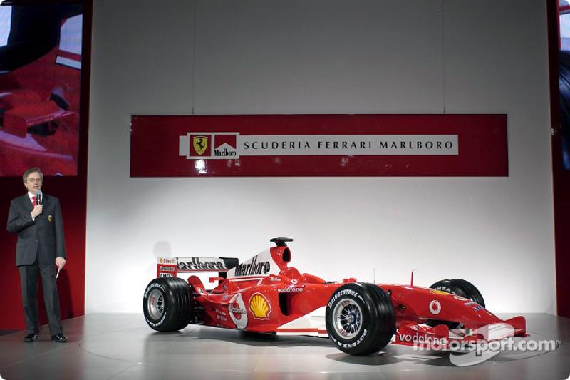 Paolo Martinelli ve yeni Ferrari F2004