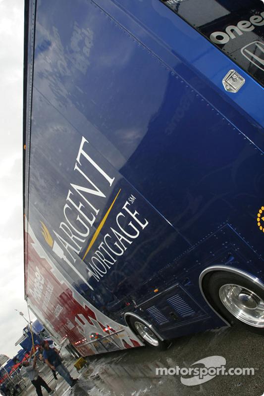 Team Rahal transporter