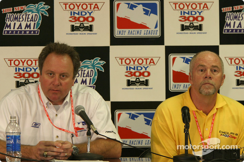Delphi press conference: IRL VP of operations Brian Barnhart and Delphi's Brad Stout