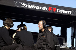 Muro de pits de Minardi