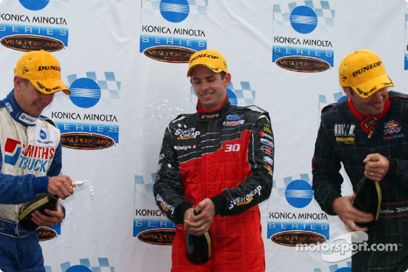 Alan Gurr driving for Smith Trucks takes outright honours