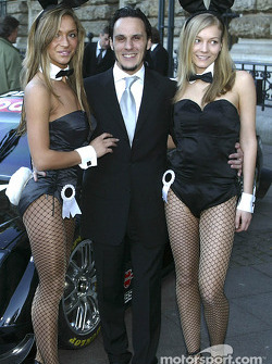 Laurent Aiello with the charming Playboy bunnies