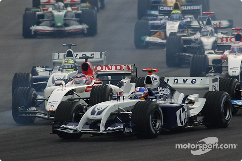 Start: Juan Pablo Montoya, Williams FW26; Takuma Sato, BAR 006