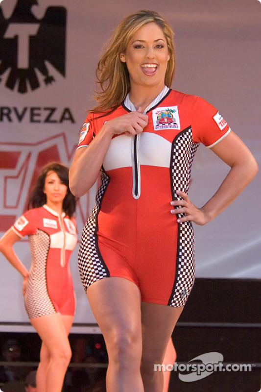 Le concours de la Miss Toyota GP of Long Beach