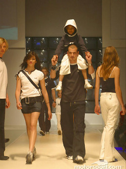 Models wearing PUMA for BMW WilliamsF1 Team Collection
