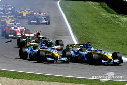 Start: Jarno Trulli and Fernando Alonso