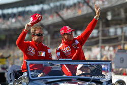 Presentación de pilotos: Rubens Barrichello y Michael Schumacher