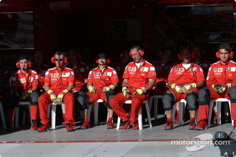 Práctica de parada de pits en Ferrari