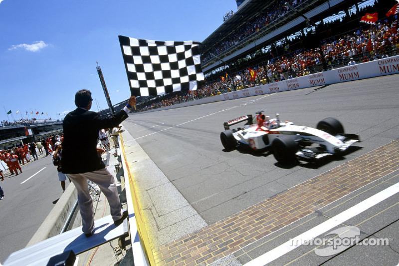 Takuma Sato takes checkered flag for third place
