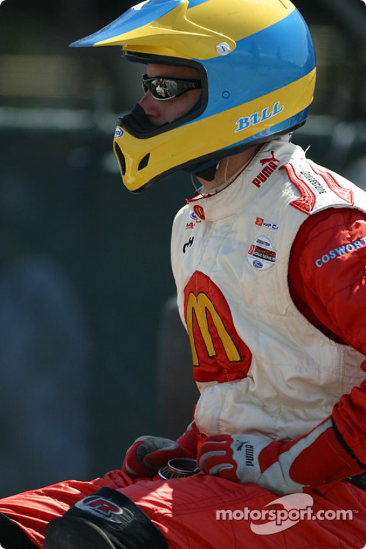 Un mécanicien de Newman/Haas Racing attend le prochain pistop