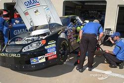 The GMAC Chevy team prepares the car