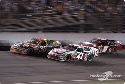 Elliott Sadler and Kasey Kahne fight for position as Casey Mears fights to get his lap back
