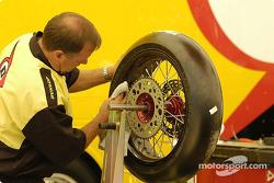 Technicien de pneus Dunlop