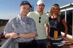 Jarek Janis with hockey player Martin Havlat and Vice Miss of the Czech Republic 2002 Klara Medkova